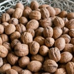 Q&A: Why are nuts a good snack if they're full of fat?